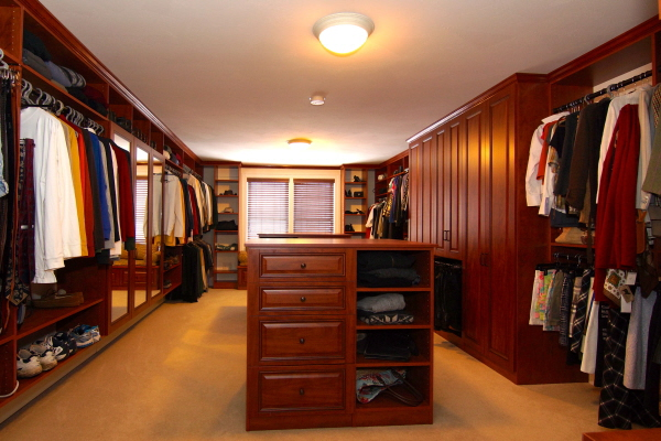 Closetplace Designs And Installs Custom Closets In Nh And Me